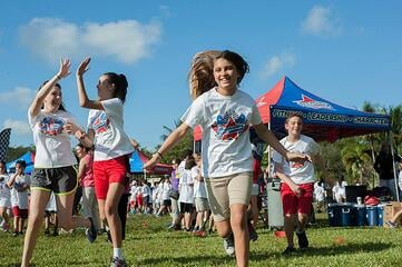 Boosterthon Students Run