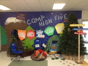 Boosterthon_Camp High Five_Decorations